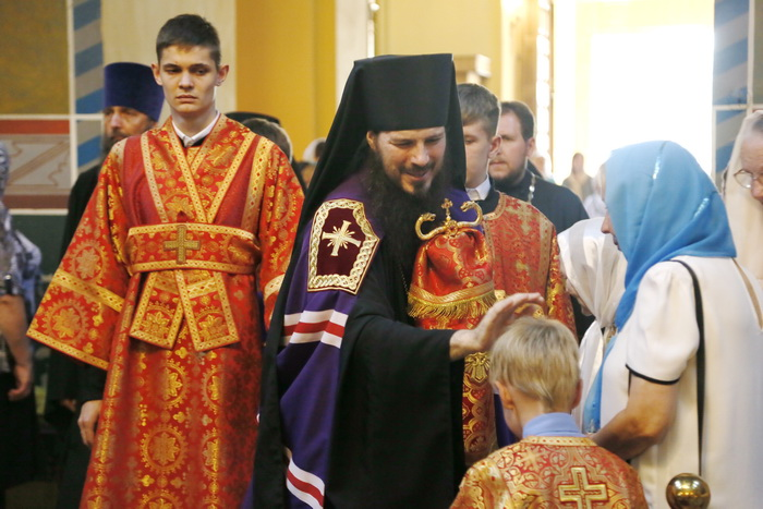 Всенощное бдение в Вознесенском кафедральном соборе Кузнецка, в канун дня памяти апостолов Петра и Павла